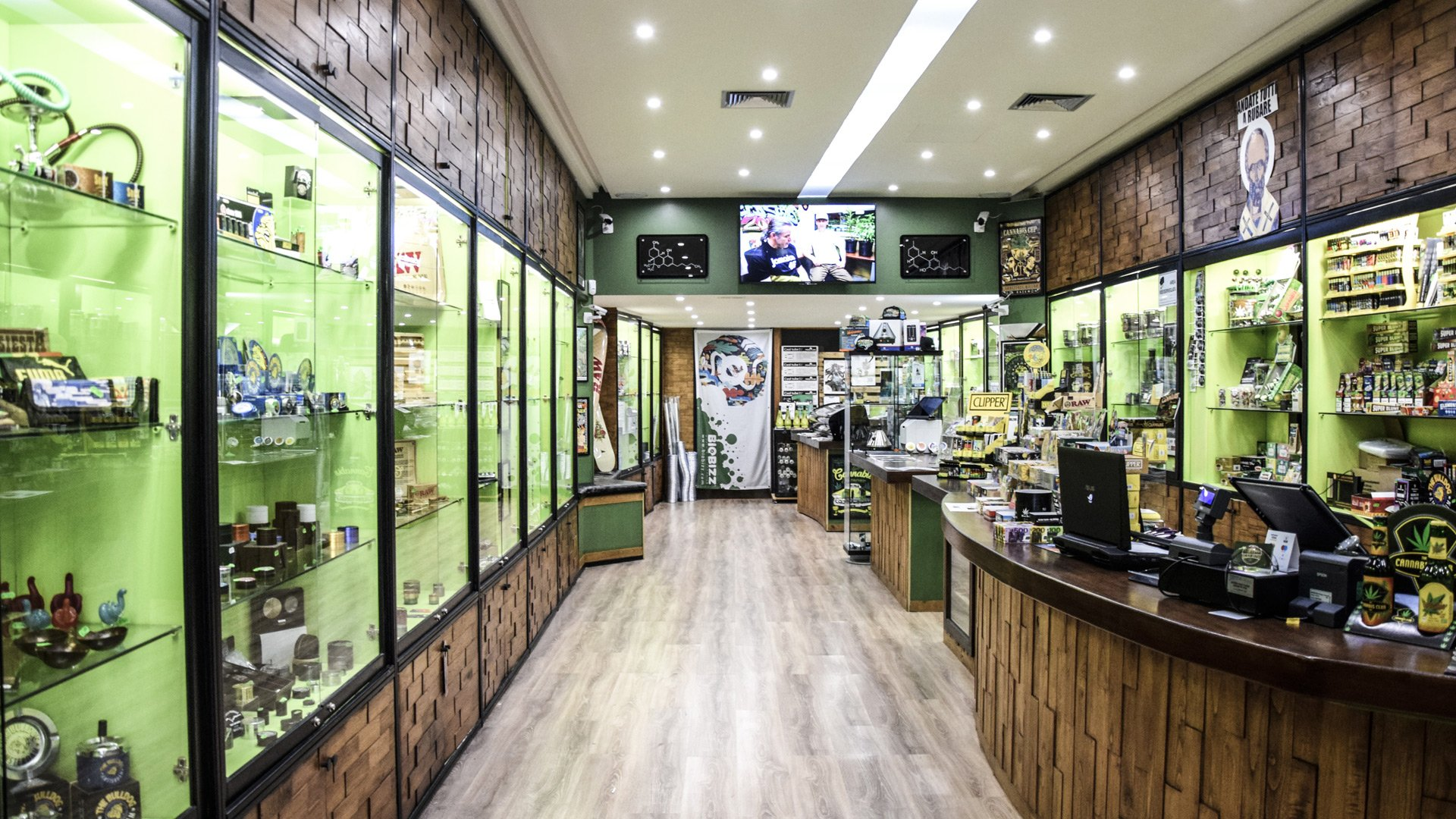 BEAR BUSH BARI - Cannabis Light Shop Bari - Italia